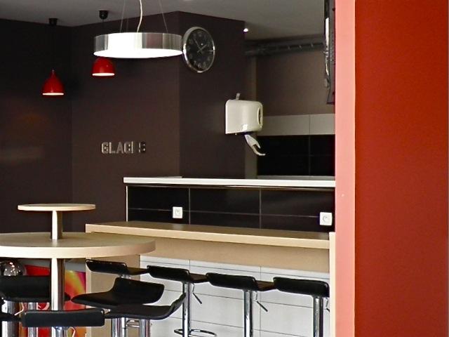 le blog design d interieur pizzeria. Black Bedroom Furniture Sets. Home Design Ideas