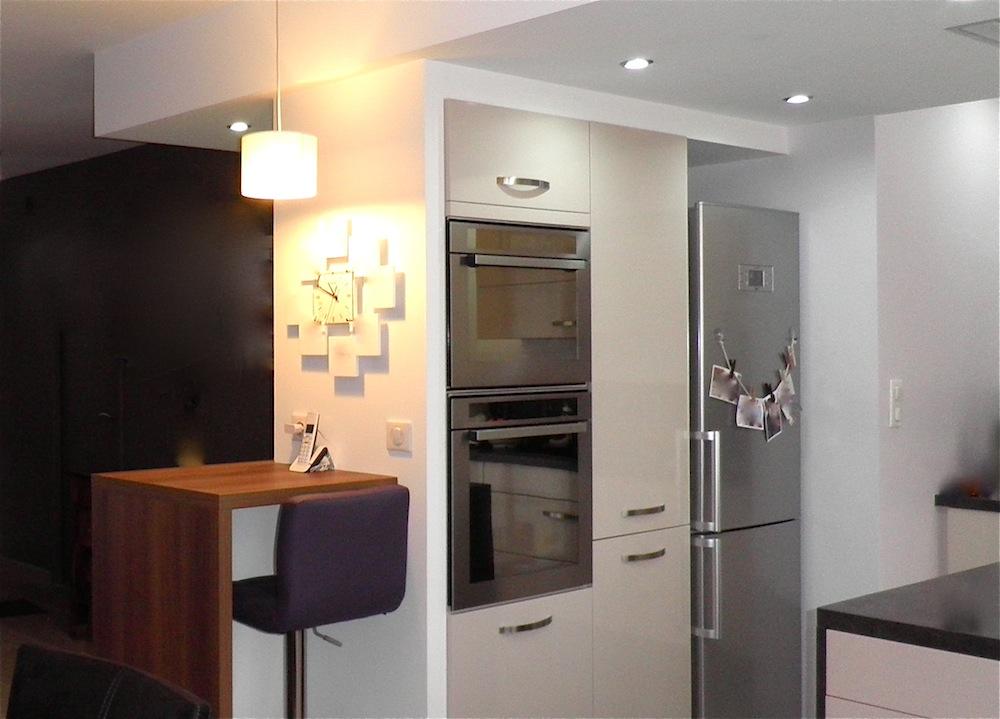le blog r novation entr e s jour salon cuisine pour une nouvelle exploitation des volumes. Black Bedroom Furniture Sets. Home Design Ideas